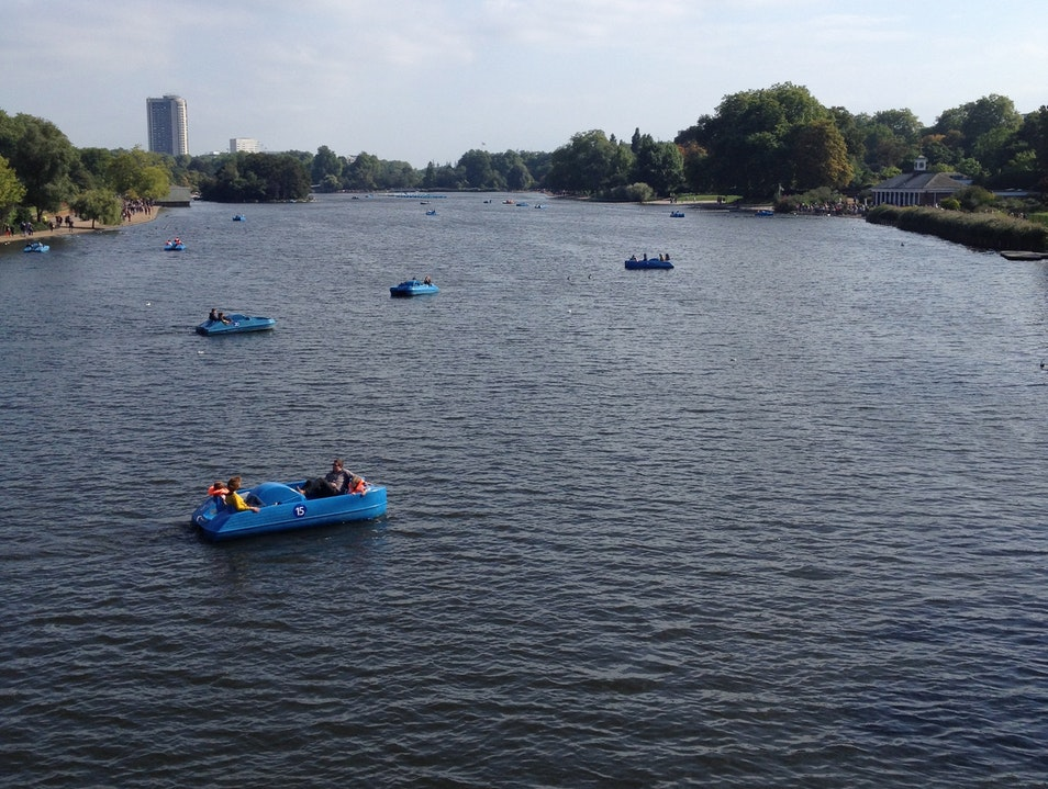 Take a Boat on the Serpentine