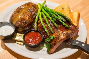 Big Horn Smokehouse & Saloon