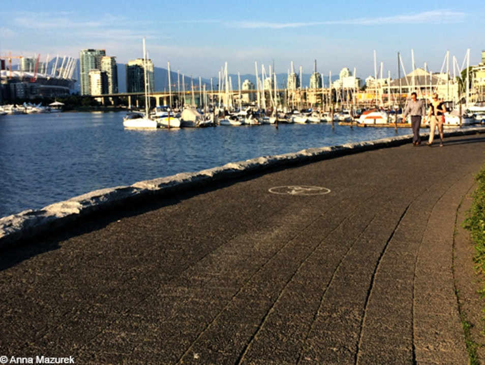 Explore the Vancouver Seawall Vancouver  Canada