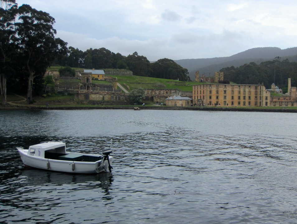 Australia's First Settlers - The Convict Transports Port Arthur  Australia