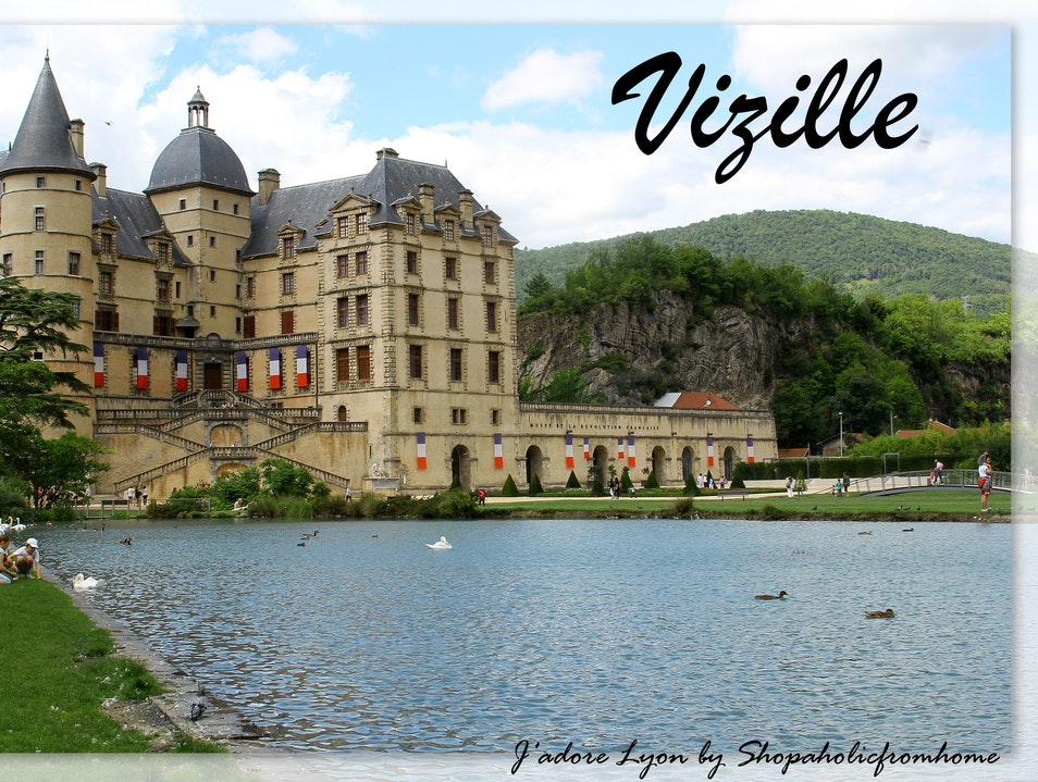 Why not to visit lovely Vizille next to Lyon?