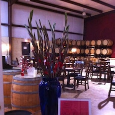 CrossRoads Winery and Wine Bar