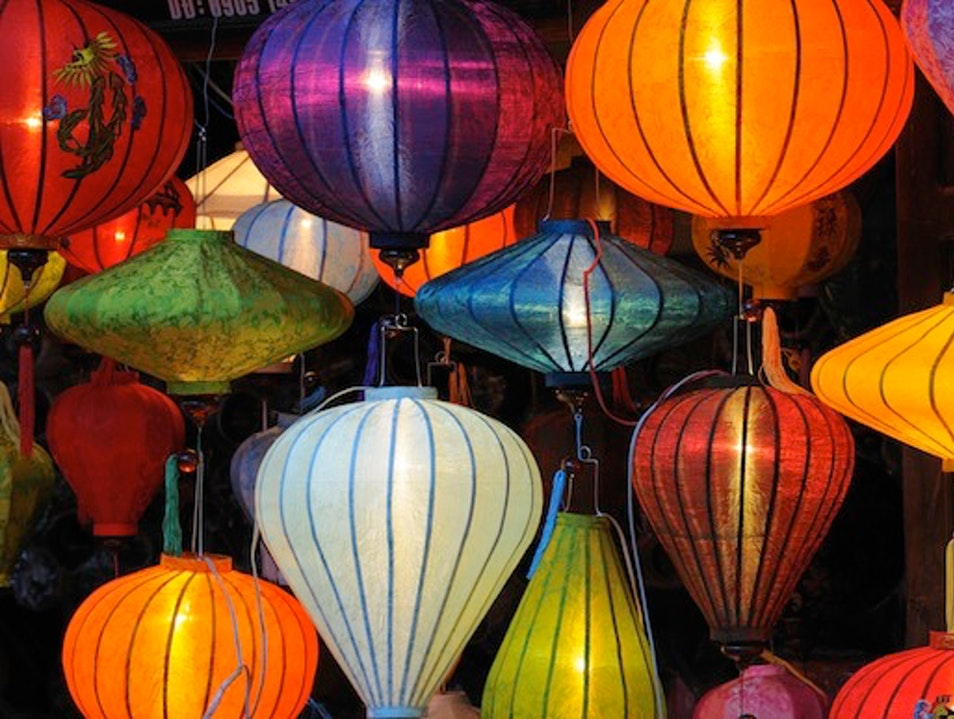 Where to Buy Chinese Silk Lanterns in Hoi An, Vietnam Hội An  Vietnam