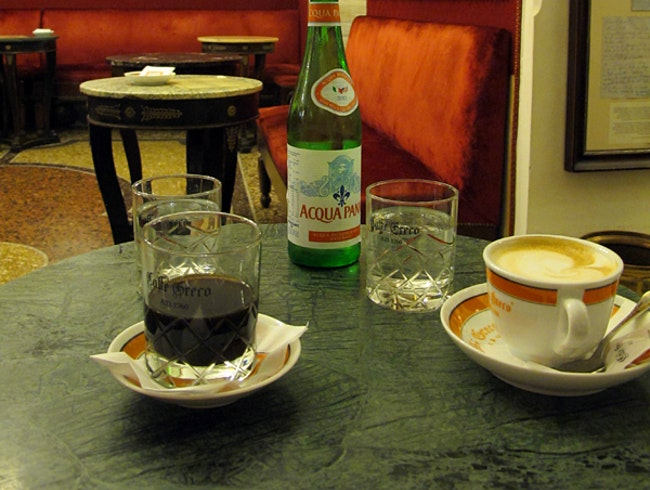Coffee at the oldest café in Rome