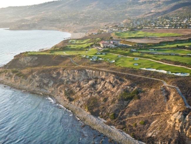 The Only Ocean Front Golf Course in LA County