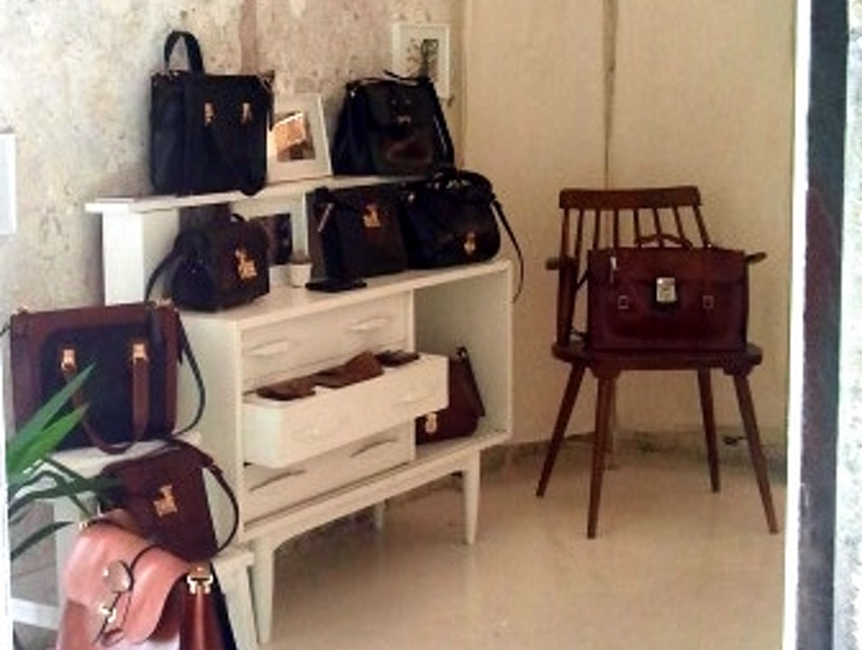 Iriarte Iriarte - Gorgeous handmade leather bags Barcelona  Spain