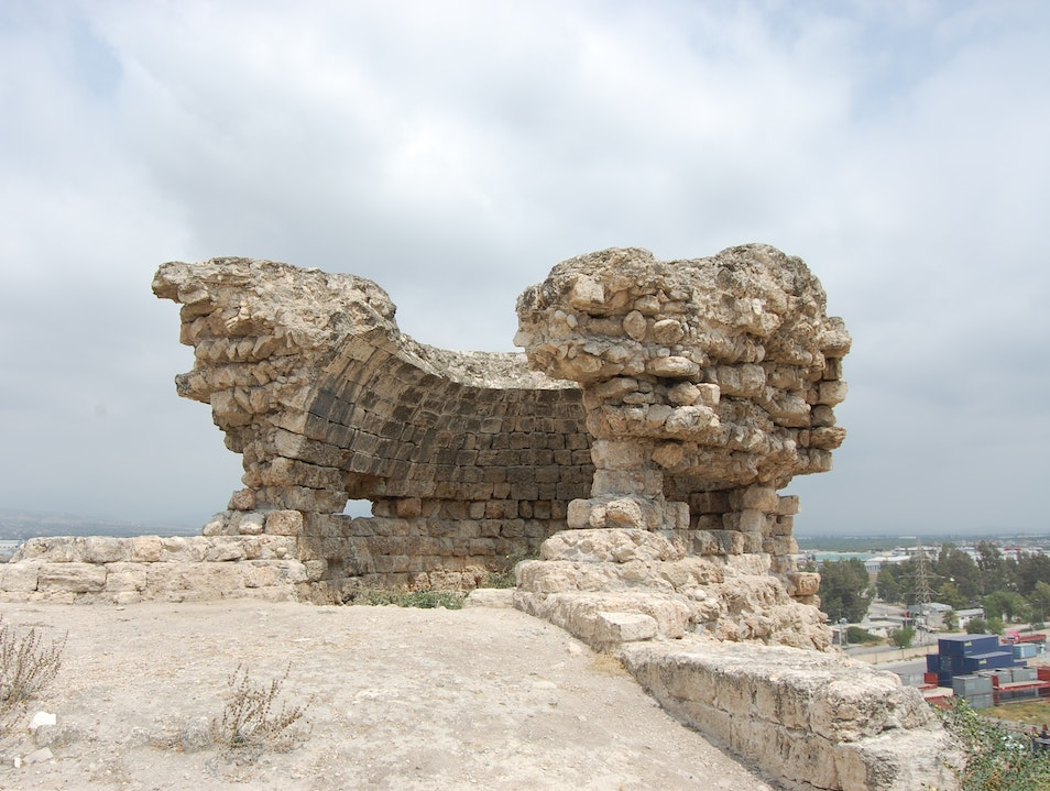 Visit an ancient castle and mound in the middle of an industrial complex Icel  Turkey