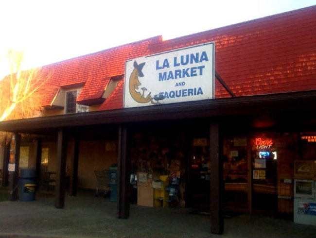 La Luna Taqueria: The Best Burrito in Napa Valley