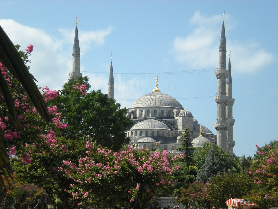 The spectacular Blue Mosque in Istanbul