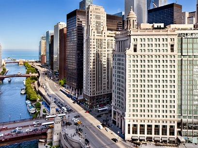 LondonHouse Chicago, Curio Collection by Hilton Chicago Illinois United States