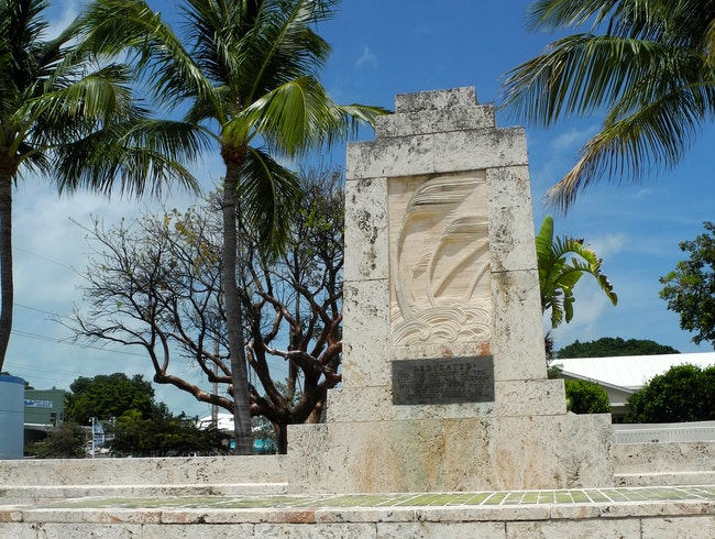 "Monument to ""The Great Hurricane"""