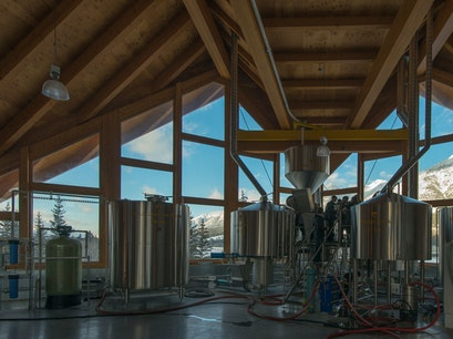 Grizzly Paw Brewery Canmore  Canada
