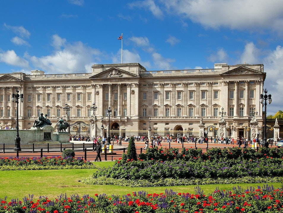 Tours & Information About Buckingham Palace London  United Kingdom