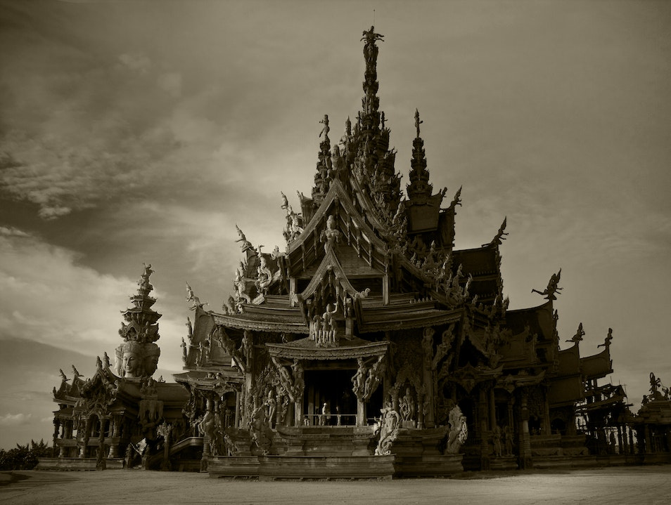 A Must Visit Temple! If your near or passing by Pattaya in Thailand Pattaya  Thailand