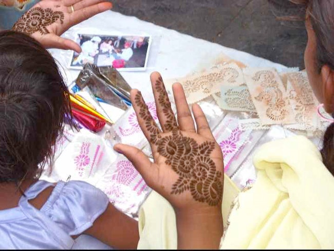 Mumbai's Henna Girls