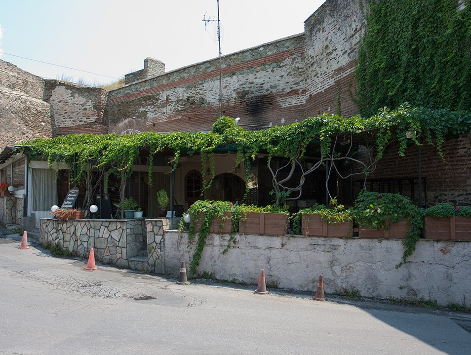 Taverna behind the Byzantine Walls Thessaloniki  Greece