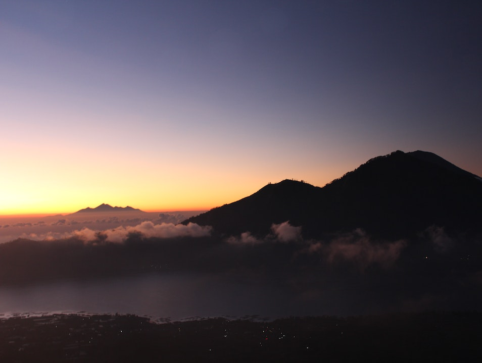 Mt Batur Sunrise Hike Susut  Indonesia