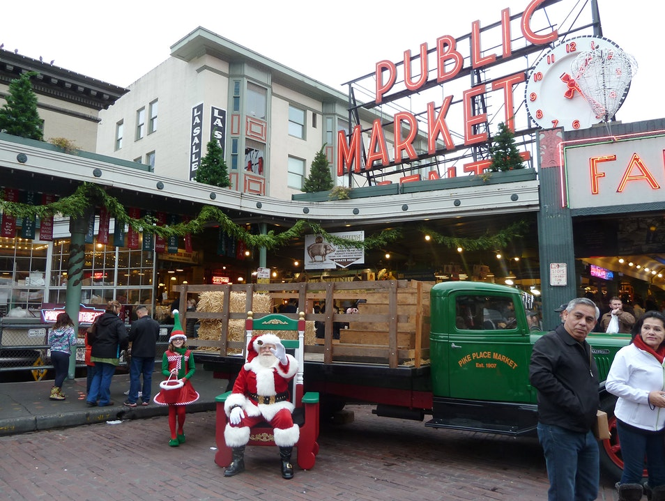 Santa Visits Pike Place Market Seattle Washington United States
