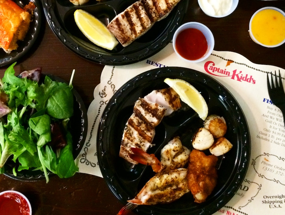 Feast With The Familiar At Captain Kidd's