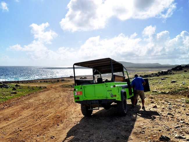 Explore the rough side of Aruba by Jeep