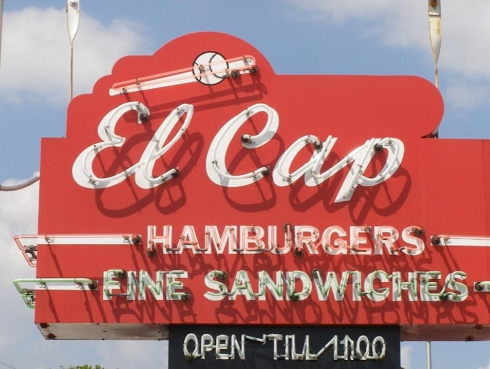El Cap: A neighborhood spot that makes you feel like part of the neighborhood Saint Petersburg Florida United States