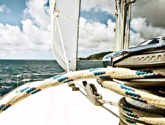 Sailing the Hawaiian Islands