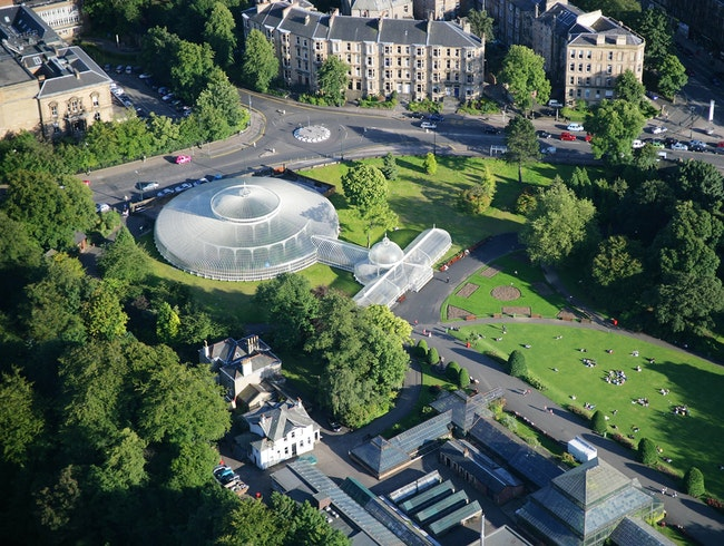 Glasgow: The Dear Green Place