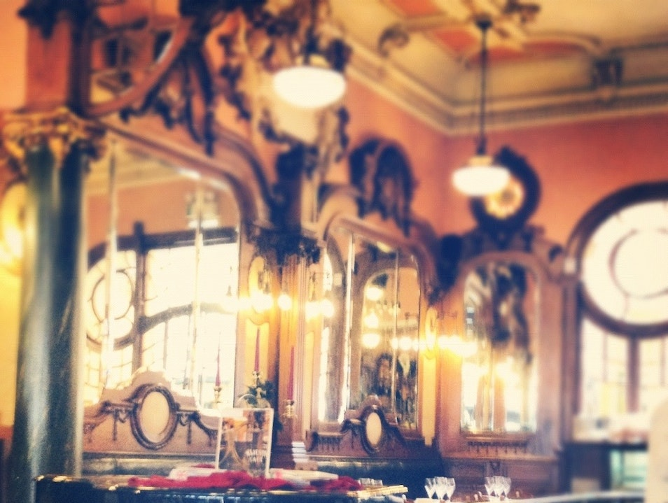 A regal place: You must ask for a coffee and a french toast