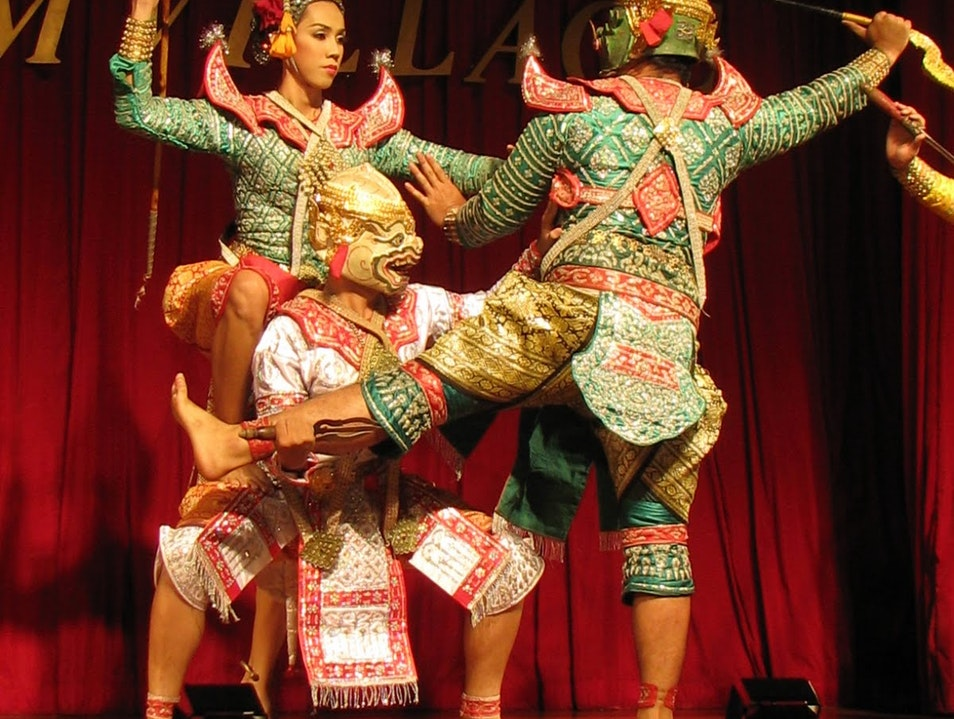 Experience the Drama of Thai Dance Bangkok  Thailand