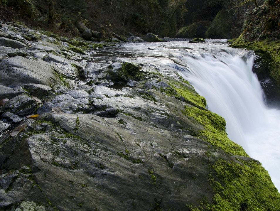 Exploring the Waterfalls of Eagle Creek Cascade Locks Oregon United States