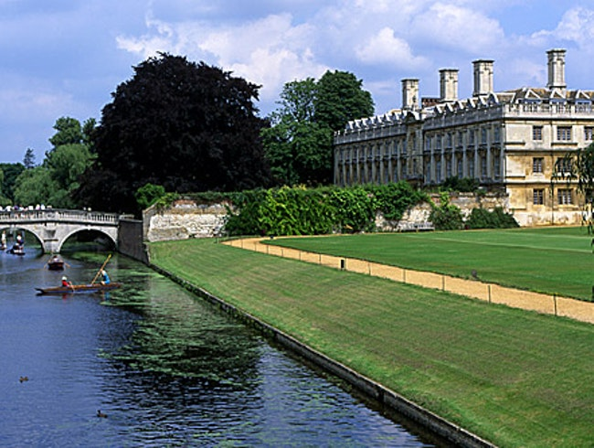 It is easy to Spend a Week in Cambridge, England