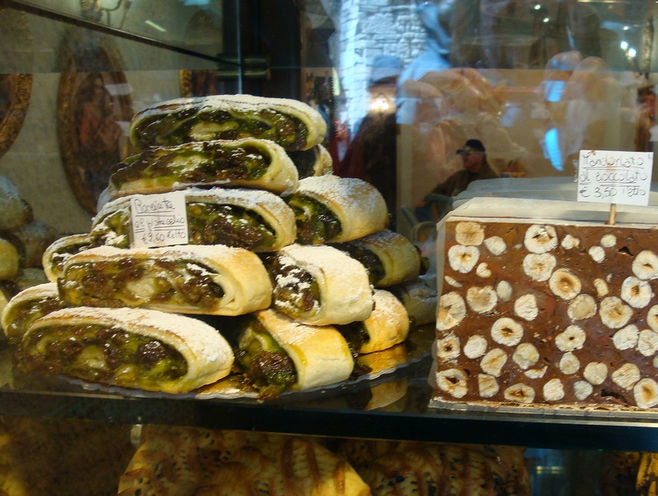 After sightseeing grab some Italian pastries