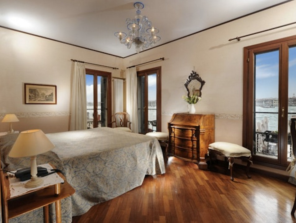 Family Friendly 3-Star Pension in Restored 17th Century Warehouse Venice  Italy