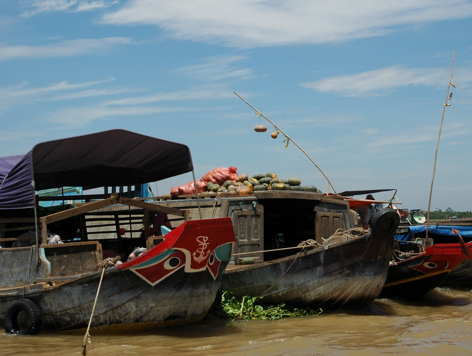 Floating Markets of the Mekong Delta tt. Cái Bè  Vietnam