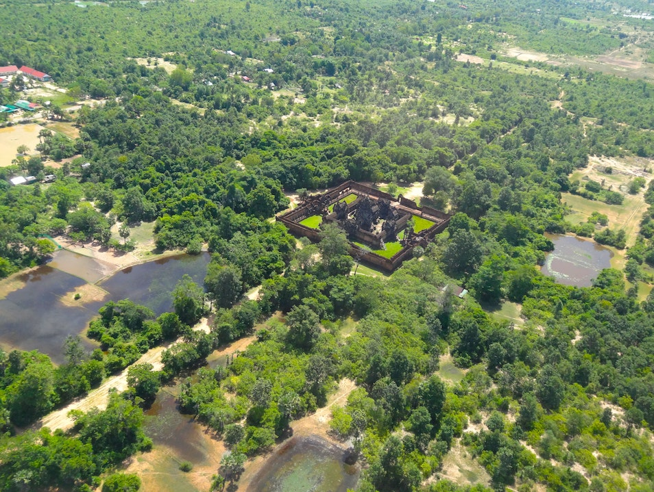 Take in lush landscapes from the air Siemréab  Cambodia