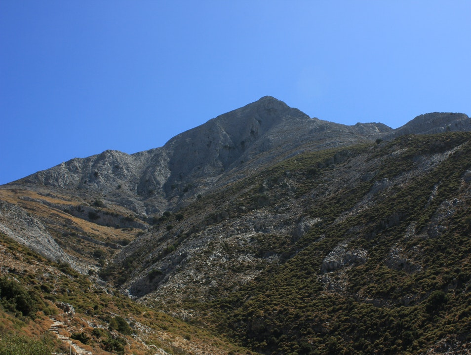 Hike the Highest Peak in the Cyclades, Mount Zeus Naxos  Greece