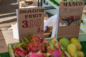 Makiki Farmers Market at St. Clement's
