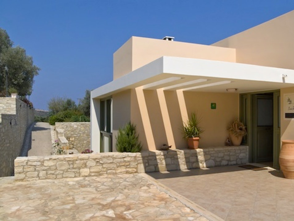 Agritourism Hotels: Dalabelos in Crete Aggeliana  Greece