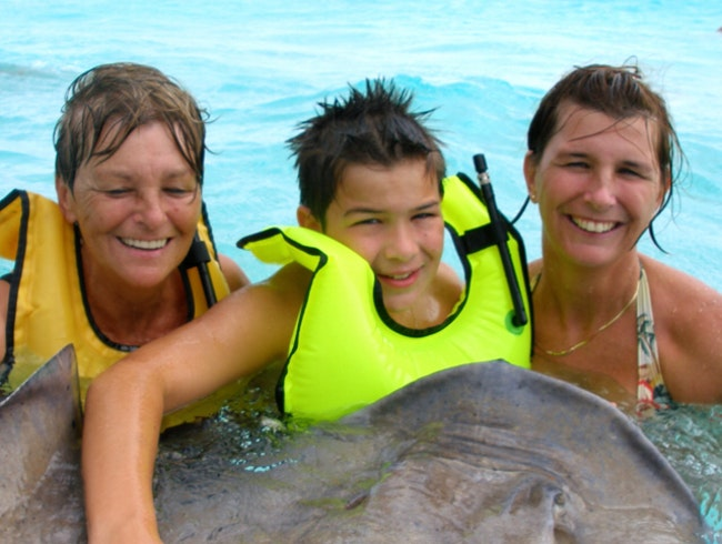Getting close to Stingrays in Grand Cayman