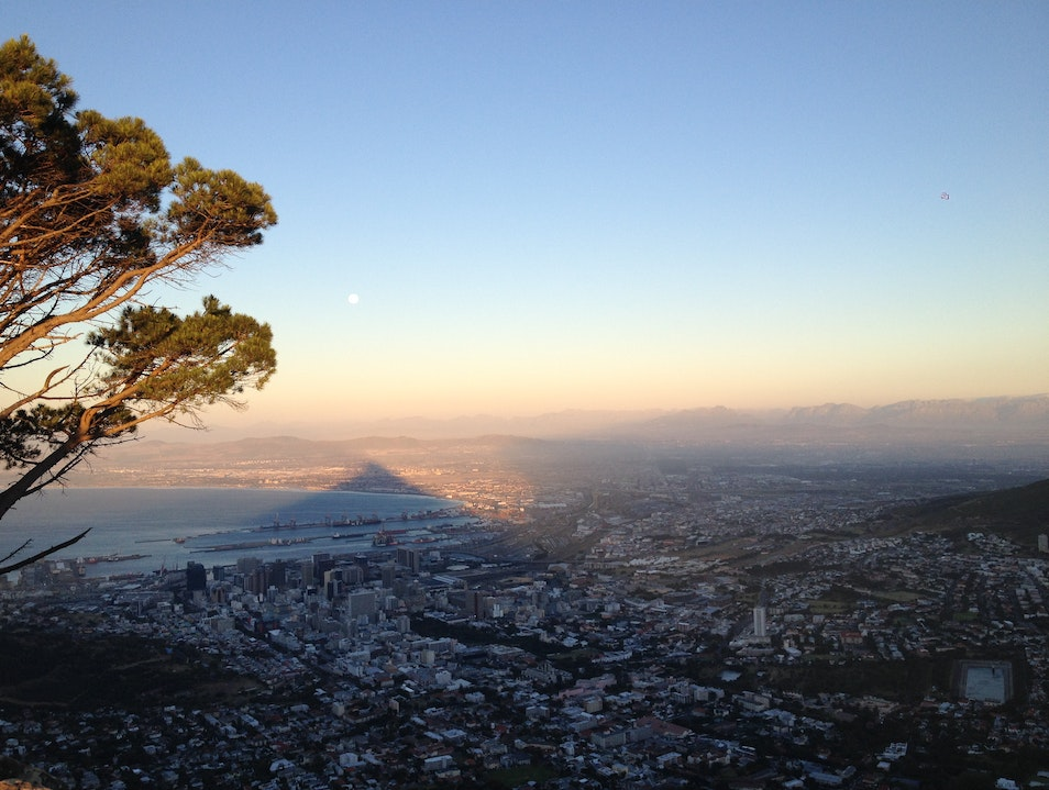 Lion's Head Sunset/Full Moon Hike Cape Town  South Africa