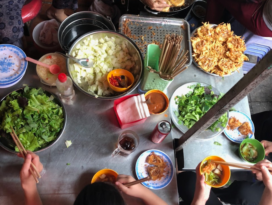 Taste Your Way Through Đông Xuân Market
