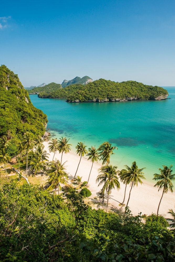 How to See Thailand in a Month