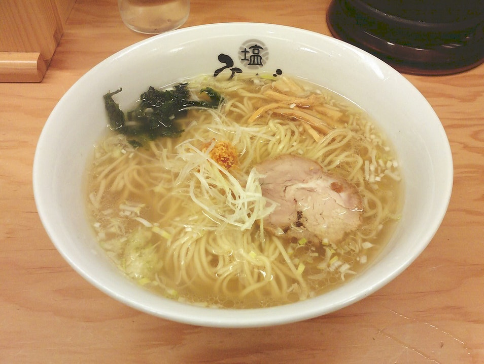 The Light Choice for a Noodle Lunch at Tokyo Station