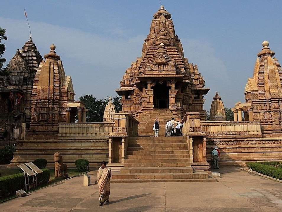 Places To Enjoy The Art And Culture of Khajuraho .