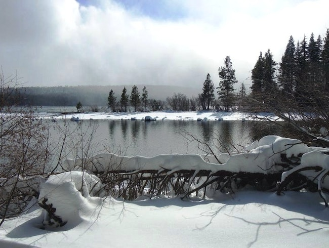 Snowshoe to Fallen Leaf Lake: A Pristine Winter Paradise