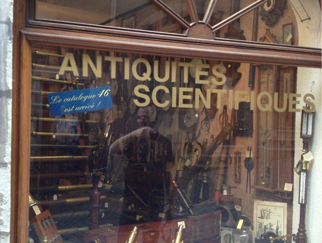 Scientific Antiques