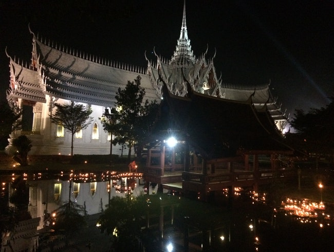 An AzAmazing Evening in Bangkok's Ancient City