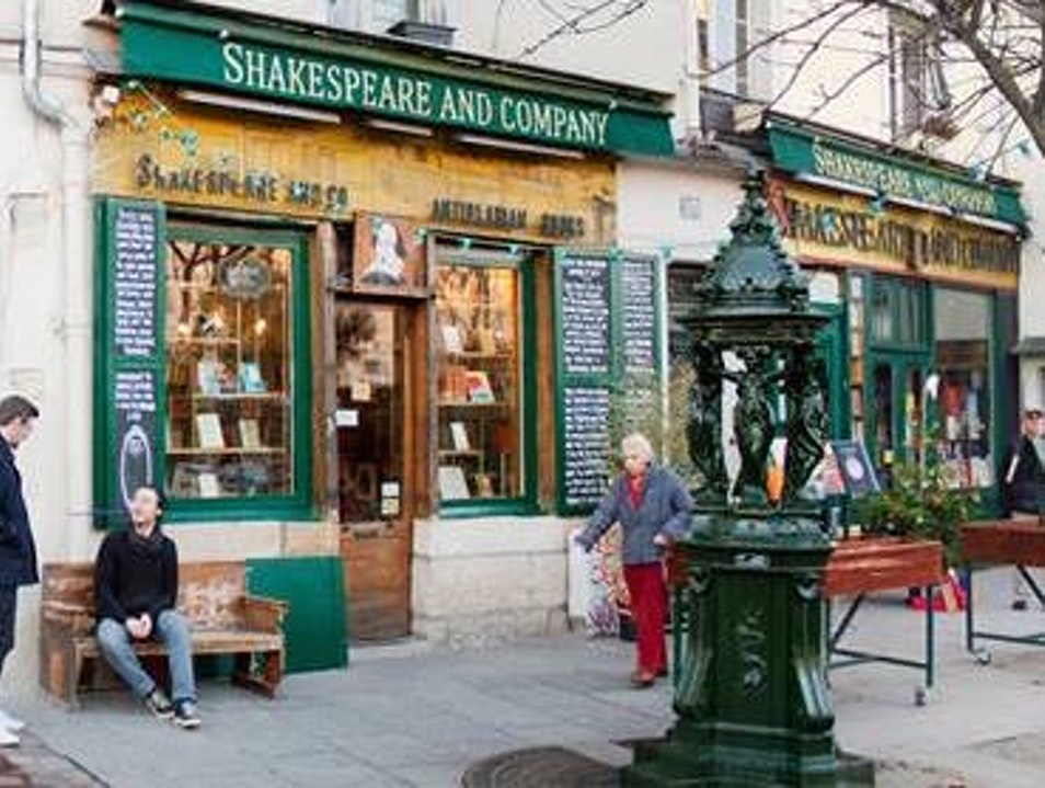 Shakespeare & Company Paris  France