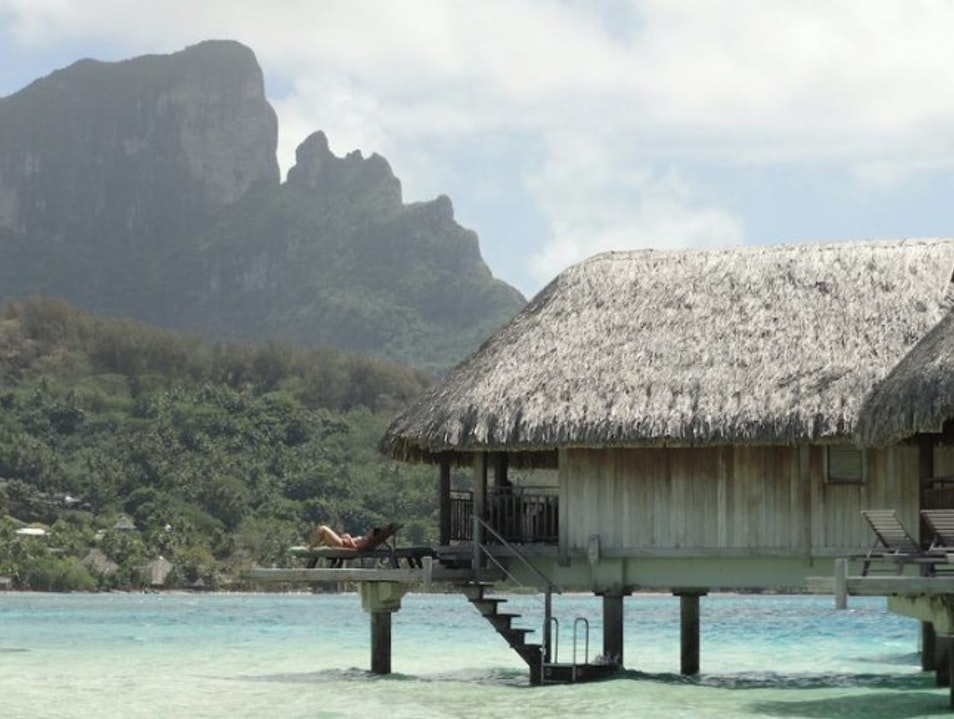 Two Paradises for Two   French Polynesia