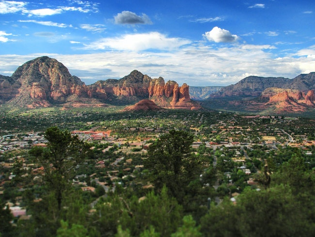 Stay above Sedona